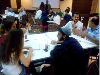 أجواء من الفائدة والمتعة والتعلم في ختام دبلوم الموارد البشرية بقيادة الدكتور عزام القاسم