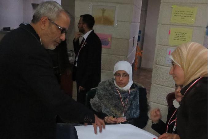 استمرت الدورات واستمر العمل والجهد والابداع من المدرب الاستشاري د. محمد عزام القاسم في طرطوس
