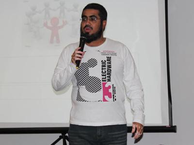 صور للمدرب حسين حبيب السيد بدورة صفات القائد الفعال