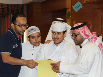 the trainees discusses and study the answers