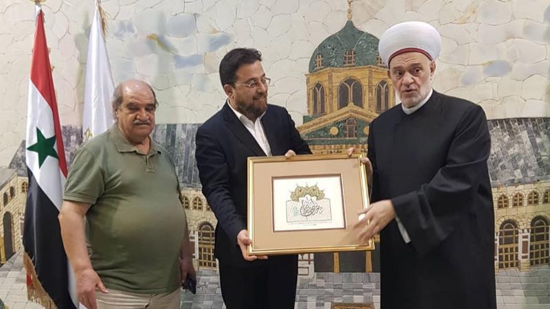 الدكتور حسام الدين فرفور وتكريم الدكتور محمد بدرة