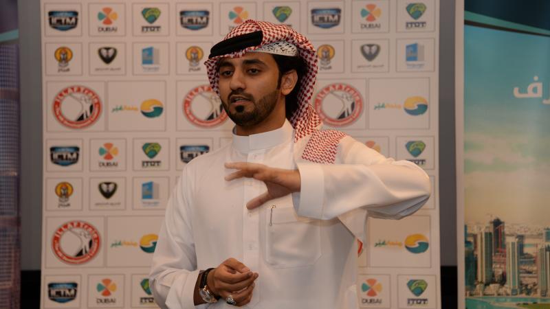 المدرب أول ماجد خلال إلقاء كلمة مدير إيلاف ترين الإمارات