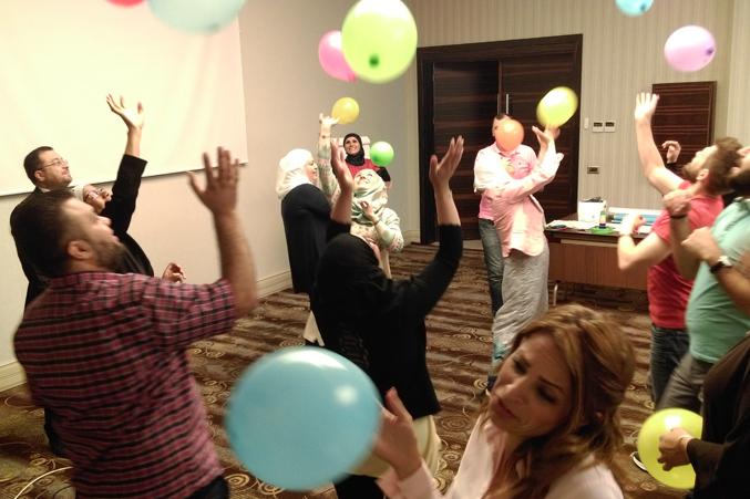 البدء بتمرين البالونات بأجواء من المتعة