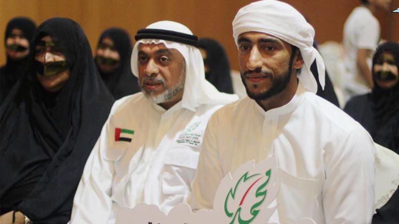 صورة جماعية مع الشيخ عبدالله بن حمد بن سيف الشرقي