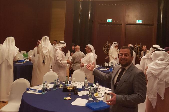 إشراف الدكتور محمد على بدء الأنشطة وتشكيل مجموعات العمل