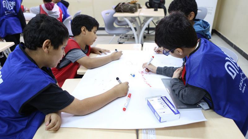 تقسيم الأطفال لمجموعات صغيرة