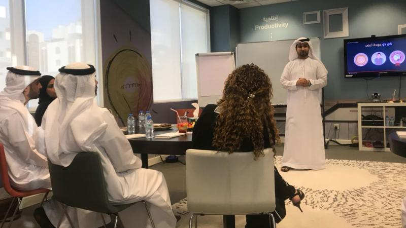 المدرب الإعلامي فيصل  وانطلاقة البرنامج التدريبي مع مجموعة متميزة من الإعلاميين