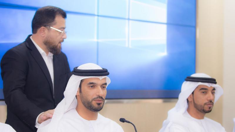الاستشاري الدكتور محمد بدرة خلال الاشراف على تنفيذ التمرينات.