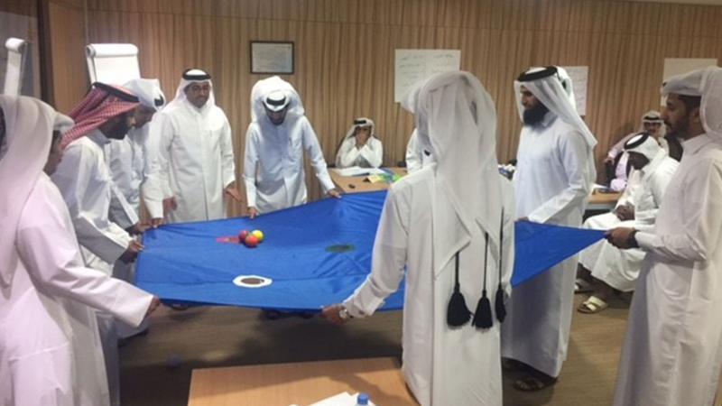 مهارات العمل الجماعي مع المدرب حمد الشمري