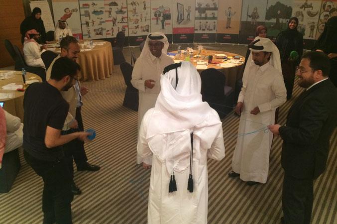 روح التعاون والعمل الجماعي أثناء تنفيذالتمرينات ومشاركة الدكتور محمد