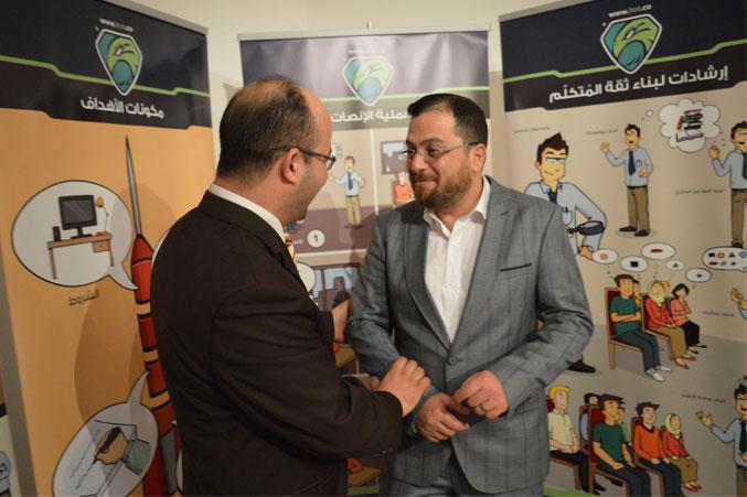 الدكتور محمد بدر والمدرب أول عادل عبادي وحوار وابتسامة