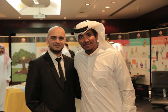 المدرب محمد فدعق والمدرب يوسف دوارة في صورة تذكارية