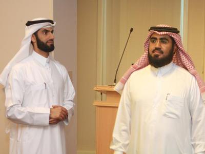 قطر - الدوحة: فن الإلقاء في نادي كيوتل للخطابة
