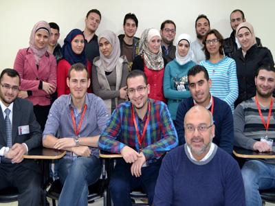 سوريا - دمشق: خدمة الزبائن في الأعمال التجارية الحديثة جديد المدرب محمد زياد الوتار