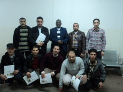 ليبيا - مصراتة:انتهاء دورة السلامة المهنية في الانشاءات العامة حسب متطلبات الاوشاس مع المدرب سالم انويجي
