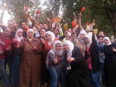 سوريا – دمشق: إنتهاء دورة التعامل مع الأشخاص صعبي المراس للمدربة هدى زكريا والمدربة بروج عمر