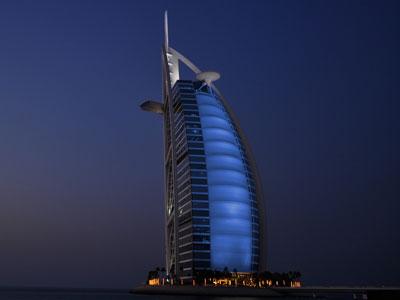الإمارات العربية المتحدة - أبوظبي: منتدى التعليم العالي يوصي بتوفير فرص التعلم الذكي