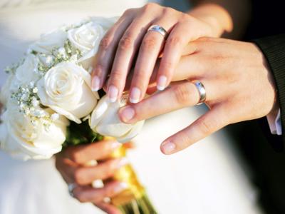 زواج مبارك وحياة سعيدة للمدرب وجيه البني