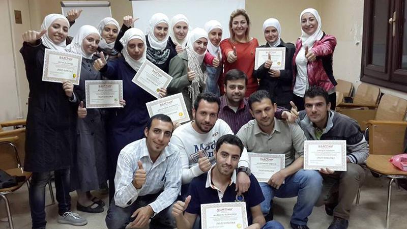سوريا - دمشق: نهاية رائعة لدورة دبلوم البرمجة اللغوية العصبية للمدربة لينا ديب