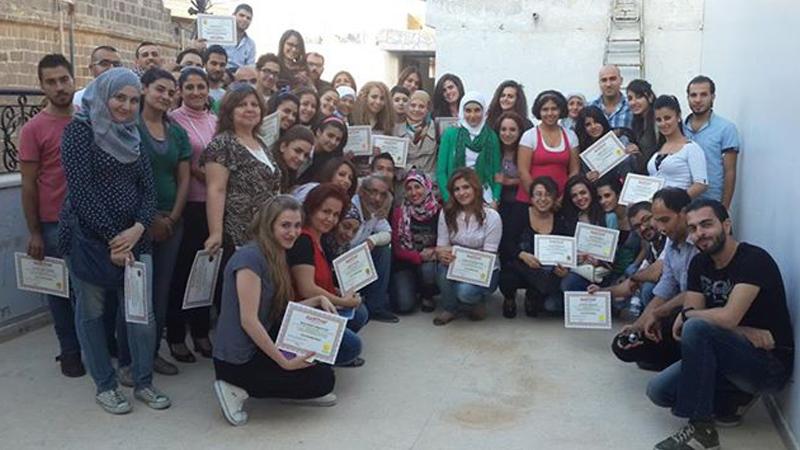 سوريا - دمشق: إختتام دورة البرمجة اللغوية العصبية للمدرب الإستشاري د.محمد عزام القاسم في صحنايا