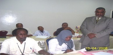 Sudan - Khartoum: trainer Alomairi is talking about his experience of - Using NLP techniques in the course of Leaders meeting management