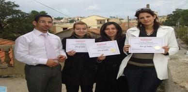 الجزائر – العاصمة: تزامننا مع عيد الثورة الجزائرية يستلم المتدربون شهاداتهم من المدرب صلاح جيلح
