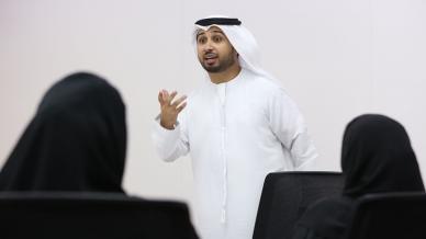 المدرب أول فيصل بن حريز ومشاركة فعّالة ضمن جلسات التدريب التي تنظمها نادي دبي للصحافة