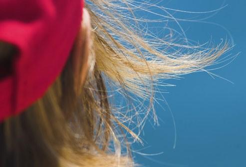احمِ شعركِ من الشّمس