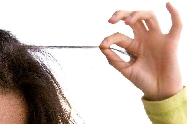 نزع الشّعر يؤدي لتساقط كبير في الشعر