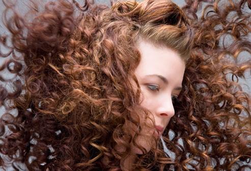 يعبّر شعركِ عن الكثير من الأشياء عنكِ
