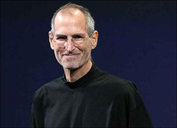 ستيف جوبز مؤسس شركة أبل