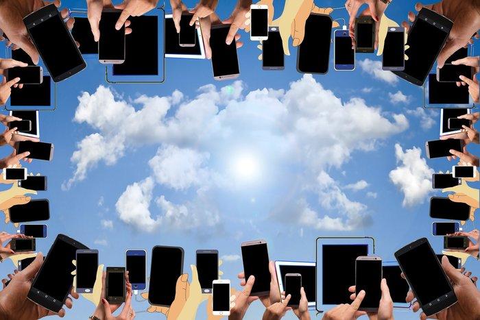 رفع هاتفك للسماء يأتي لك بشبكة أفضل