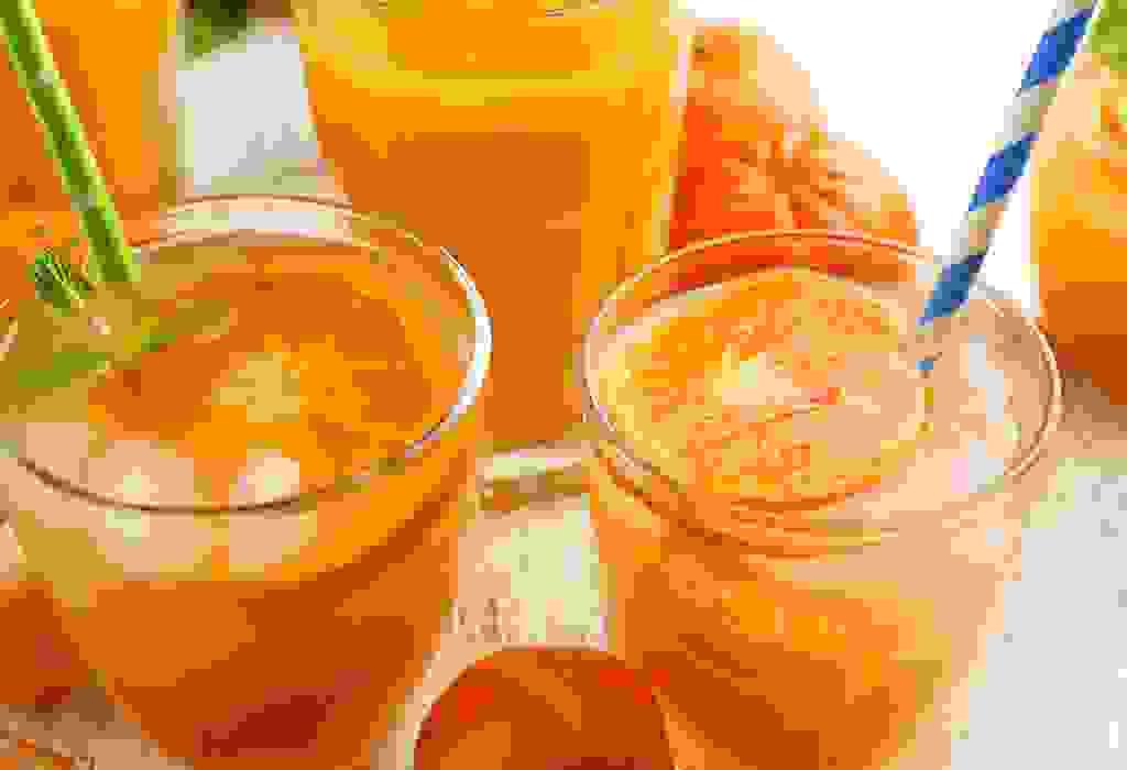 عصير الجزر، والبرتقال، والإجاص