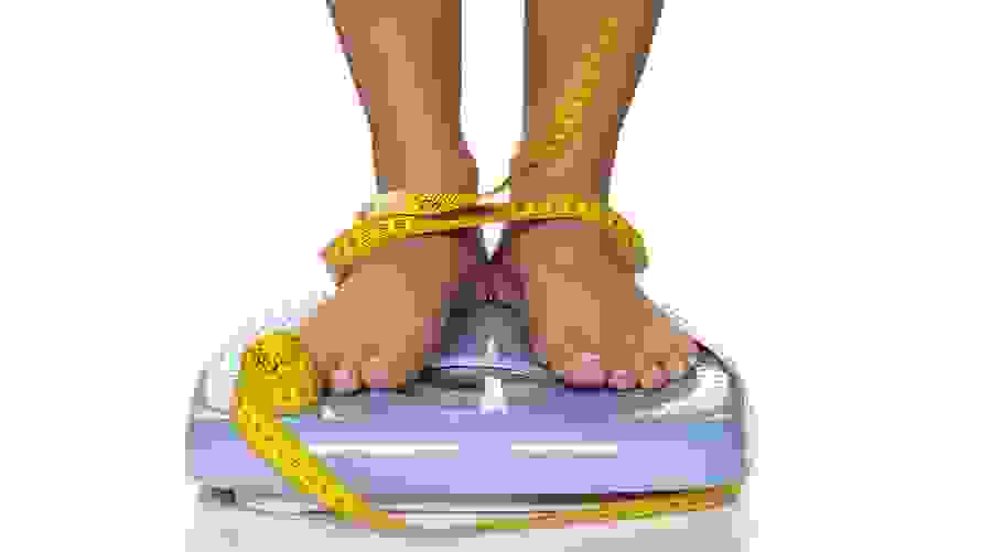 يساعد العناق على خسارة الوزن
