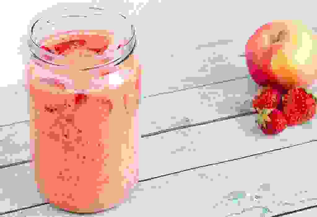 عصير الفراولة والتفاح