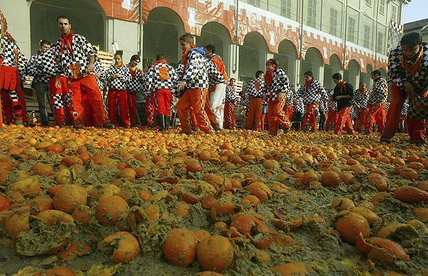 مهرجان البرتقال في إيطاليا
