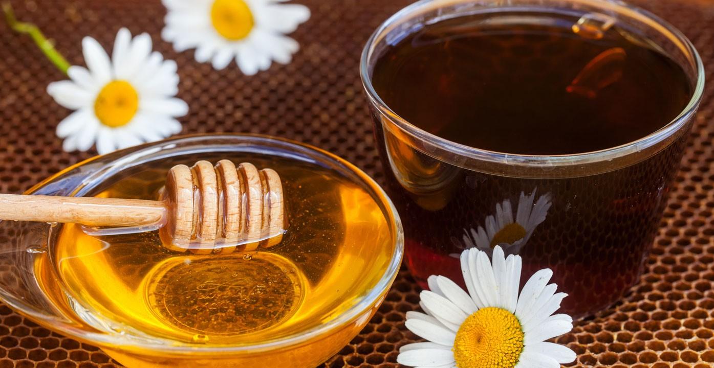 تناوُل العسل
