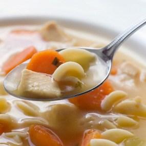 حساء الدجاج