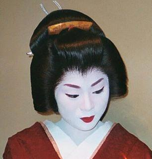 امرأة يابانية